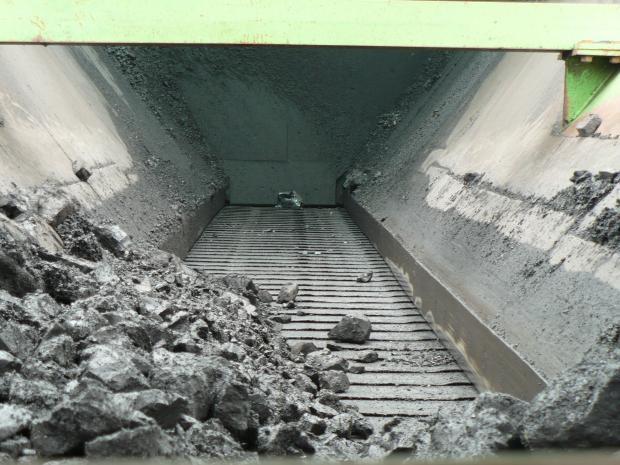 A mining conveyor chain